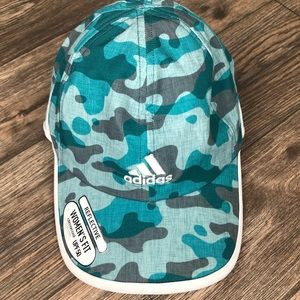Woman's Adidas Climacool Hat